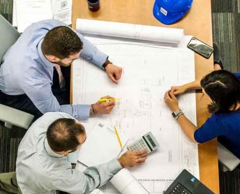 مشاغل در مدیریت پروژه و ساختوساز